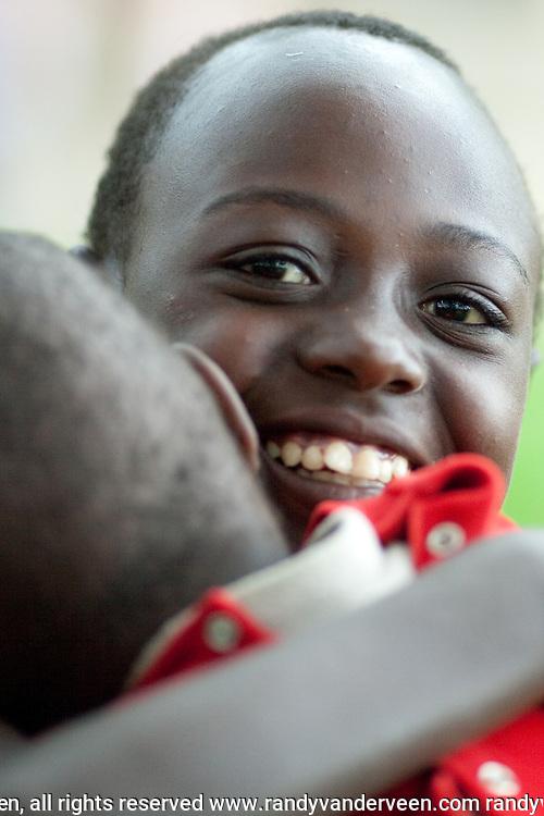 Photo Randy Vanderveen.Nyrusange, Rwanda.A Rwandan girl.