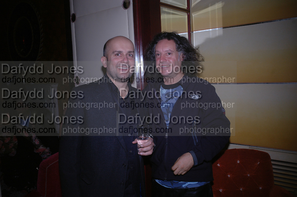 Peter Fleissig and Mark Quinn. Jay Jopling and White Cube host a post Frieze opening party at Sketch. London. 20 October 2005. ONE TIME USE ONLY - DO NOT ARCHIVE © Copyright Photograph by Dafydd Jones 66 Stockwell Park Rd. London SW9 0DA Tel 020 7733 0108 www.dafjones.com