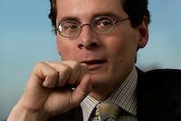 10 JAN 2005, BERLIN/GERMANY:<br /> Roger Koeppel, Chefredakteur der Tageszeitung Die Welt, waehrend einem Interview, in seinem Buero, Axel-Springer-Haus<br /> IMAGE: 20050110-02-056<br /> KEYWORDS: Roger Köppel