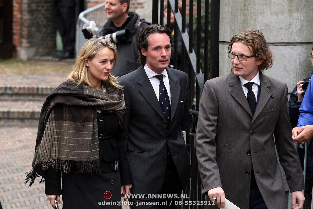 NLD/Wassenaar/20080403 - Herdenkingsdienst Erik Hazelhoff Roelfzema, prins Bernhard Jr. in gesprek met