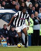 Fotball<br /> Premier League 2004/05<br /> West Bromwich Albion v Middlesbrough<br /> 14. november 2004<br /> Foto: Digitalsport<br /> NORWAY ONLY<br /> NWANKWO KANU WEST BROMWICH ALBION 2004/05