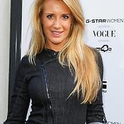 NLD/Staverden/20121004- Fotomodel Doutzen Kroes opent de 1e G-Star Women Store in Amsterdam, Chantal Bles