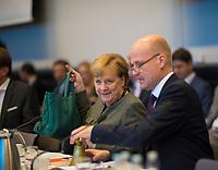 DEU, Deutschland, Germany, Berlin, 06.11.2018: Der CDU/CSU-Fraktionsvorsitzende Ralph Brinkhaus und Bundeskanzlerin Dr. Angela Merkel vor Beginn der Fraktionssitzung der CDU/CSU.
