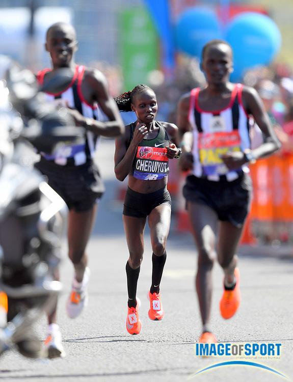 Vivian Cheruiyot (KEN) wins the women's race in 2:18:31 in the London Marathon in London, Sunday, April 22, 2018. (Jiro Mochizuki/Image of Sport)