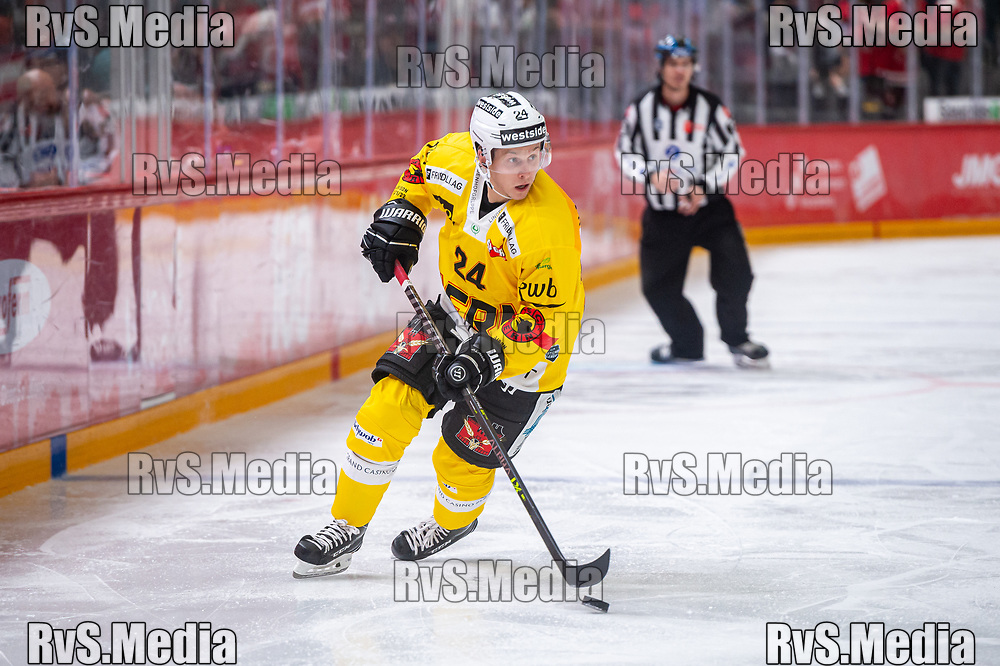 LAUSANNE, SWITZERLAND - SEPTEMBER 28: Dominik Kahun #24 of SC Bern in action during the Swiss National League game between Lausanne HC and SC Bern at Vaudoise Arena on September 28, 2021 in Lausanne, Switzerland. (Photo by Monika Majer/RvS.Media)