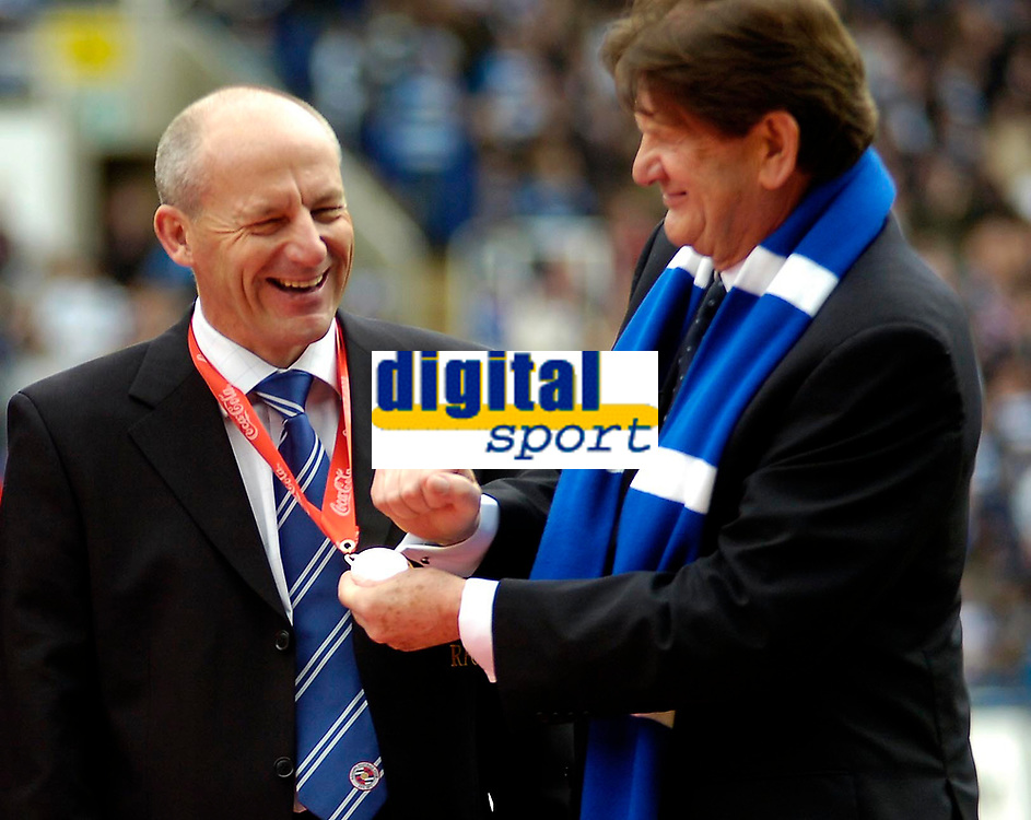 Photo: Ed Godden.<br /> Reading v Queens Park Rangers. Coca Cola Championship. 30/04/2006. Steve Coppell (Reading Manager) has his Championship medal polished by Reading Chairman, John Madejski (R).