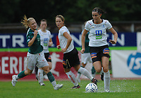 Mia Bak, Asker. Sofie Pedersen, Fløya. <br /> <br /> Toppserien 2007: Asker - Fløya 4-2. 11. august 2007. Foto: Peter Tubaas/Digitalsport.