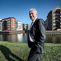 Nederland, Huizen , 22 maart 2012..Jim Schuyt is voorzitter van de directie van de Alliantie..De Alliantie is een ontwikkelende woningcorporatie met bijna 60.000 woningen in de noordvleugel van de Randstad. Vier werkmaatschappijen zorgen voor betaalbare en goede woonruimte in vitale wijken. De Alliantie is lokaal verankerd, dat wil zeggen dat de werkmaatschappij het aanspreekpunt is voor alle plaatselijke partijen. De zeggenschap ligt laag in de organisatie. Daardoor is de Alliantie, ondanks haar omvang, flexibel en slagvaardig..Foto:Jean-Pierre Jans