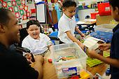 Noah Stout visits Sinnot Elementary School in Milpitas, California
