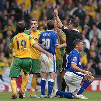 Photo: Ashley Pickering/Sportsbeat Images.<br /> Norwich City v Ipswich Town. Coca Cola Championship. 04/11/2007.<br /> Darren Huckbery of Norwich (2nd L) is sent off late in the game for a challenge on Jonathan Walters of Ipswich