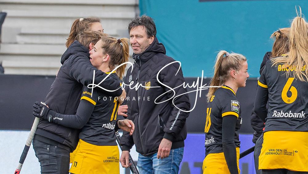 AMSTELVEEN -  Coach Raoul Ehren (DenBosch) , vreugde bij Den Bosch na  de Euro Hockey League finale dames, HC Den Bosch-Club Campo de Madrid (5-0).  COPYRIGHT KOEN SUYK