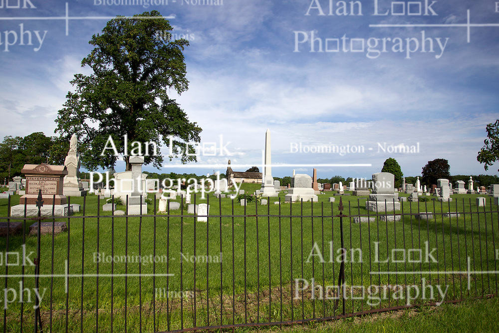31 May 2013:  Prairie Rest Cemetery near Delavan Illionis. Scenery and flooding in Tazwell and Mason Counties in Illinois