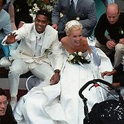 Huwelijk Patrick Kluivert en Angela van Hulten Amsterdam, in de boot