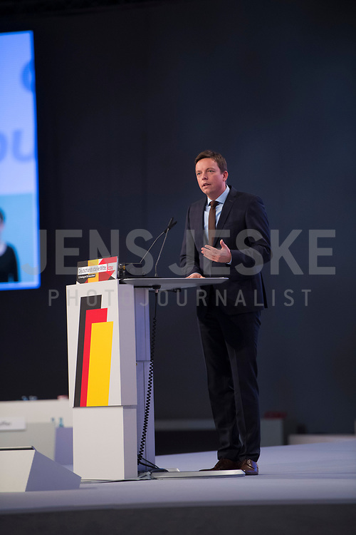DEU, Deutschland, Germany, Leipzig, 22.11.2019: Der saarländische Ministerpräsident Tobias Hans (CDU) beim Bundesparteitag der CDU in der Messe  Leipzig.