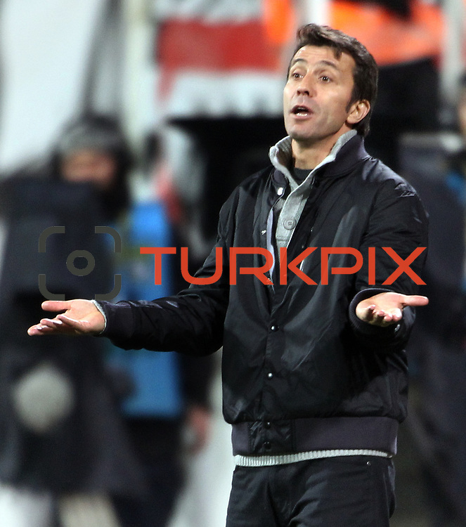 istanbul BBSK's coach Bulent Korkmaz during their Turkish superleague soccer match Besiktas between istanbul BBSK at the BJK Inonu Stadium in Istanbul Turkey on Saturday, 19 January 2013. Photo by Aykut AKICI/TURKPIX
