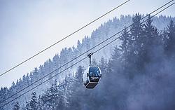THEMENBILD - eine Gondel der neuen Zell am See X Press Seilbahn. Die Gondelumlaufbahn verbindet Viehhofen mit der Schmittenhöhe in Zell am See , aufgenommen am 12. November 2019, Saalbach Hinterglemm, Österreich // a gondola of the new Zell am See X Press cable car. The gondola cableway connects Viehhofen with the Schmittenhöhe in Zell am See on 2019/11/12, Saalbach Hinterglemm, Austria. EXPA Pictures © 2019, PhotoCredit: EXPA/ Stefanie Oberhauser