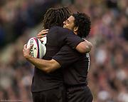 Twickenham. Surrey. UK England vs New Zealand, Autumn Internationals.<br /> Doug HOWLETT, embraced by, Tana UMAGA, after touching down.<br /> 09/11/2002<br /> International Rugby England vs New Zealand [Mandatory Credit Peter SPURRIER/Intersport Images]
