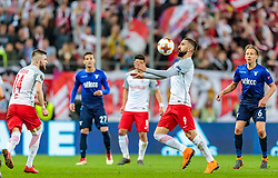 12.04.2018, Red Bull Arena, Salzburg, AUT, UEFA EL, FC Salzburg vs SS Lazio Roma, Viertelfinale, Rueckspiel, im Bild Valon Berisha (FC Salzburg), Munas Dabbur (FC Salzburg), Lucas (SS Lazio Roma) // during the UEFA Europa League Quaterfinal, 2nd Leg Match between FC Salzburg and SS Lazio Roma at the Red Bull Arena in Salzburg, Austria on 2018/04/12. EXPA Pictures © 2018, PhotoCredit: EXPA/ JFK