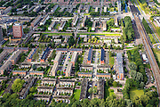 Nederland, Zuid-Holland, Rotterdam, 15-07-2012; Pendrecht (deelgemeente Charlois, Rotterdam-Zuid). Zuidoostelijk deel..Nieuwbouwwijk uit de jaren vijftig van de vorige eeuw, wederopbouw periode. Stedenbouwkundig ontwerp van Lotte Stam-Beese, kenmerkend zijn de ruime opzet en  veel groen. Ontworpen als wijk met verschillende woningtypen (en verschillende bewoners) en voorzien van alle voorzieningen..Pendrecht (part of Charlois, Rotterdam-South). New neighborhood (fifties of the last century), post-war reconstruction period. Urban design of Lotte Stam-Beese, characterized by spacious layout and lots of green. Designed as residential district with different housing types...luchtfoto (toeslag), aerial photo (additional fee required).foto/photo Siebe Swart