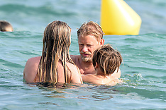 St Tropez: Peter Schmeichel & family on the beach - 20 July 2017