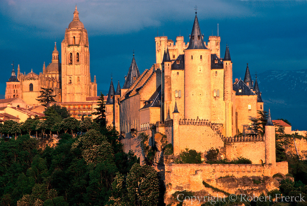 SPAIN, CASTILE, SEGOVIA Alcazar Castle; Cathedral beyond