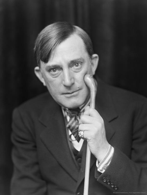 Raymond Hitchcock, comic actor and producer, USA, 1916