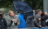 BREDA - Storm en regen  tijdens de wedstrijd tussen de mannen  Nederland en Nieuw Zeeland om plaats 5 bij het Volvo Invitatie Toernooi U21 (4-2). COPYRIGHT KOEN SUYK