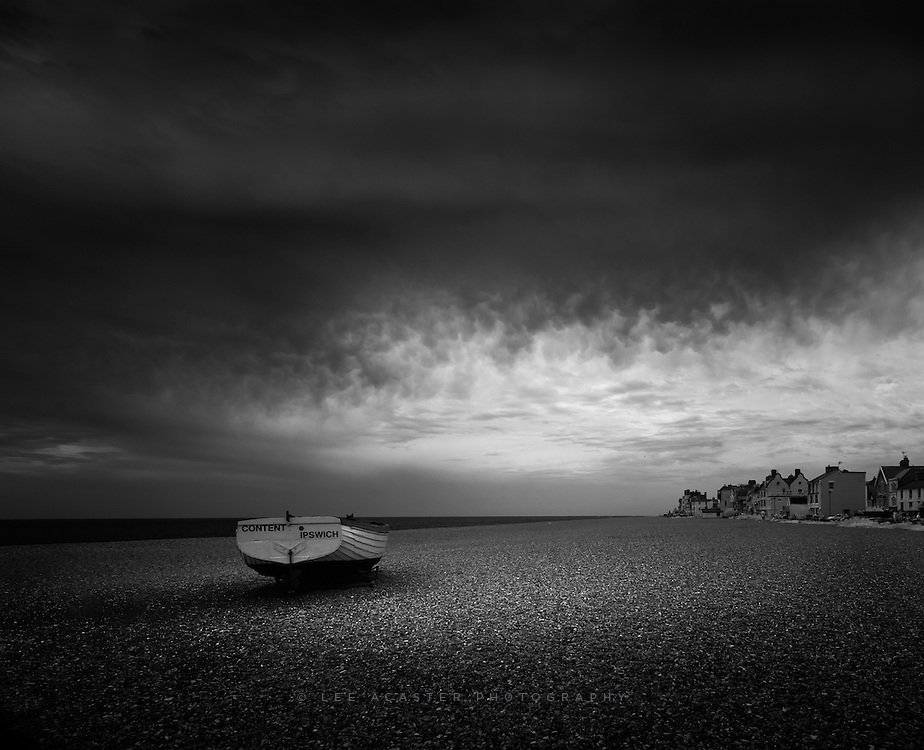 Although I didn't get to shoot the storms, there were still some rather nice skies the next day on a visit to Aldeburgh for a day on the beach with the family.
