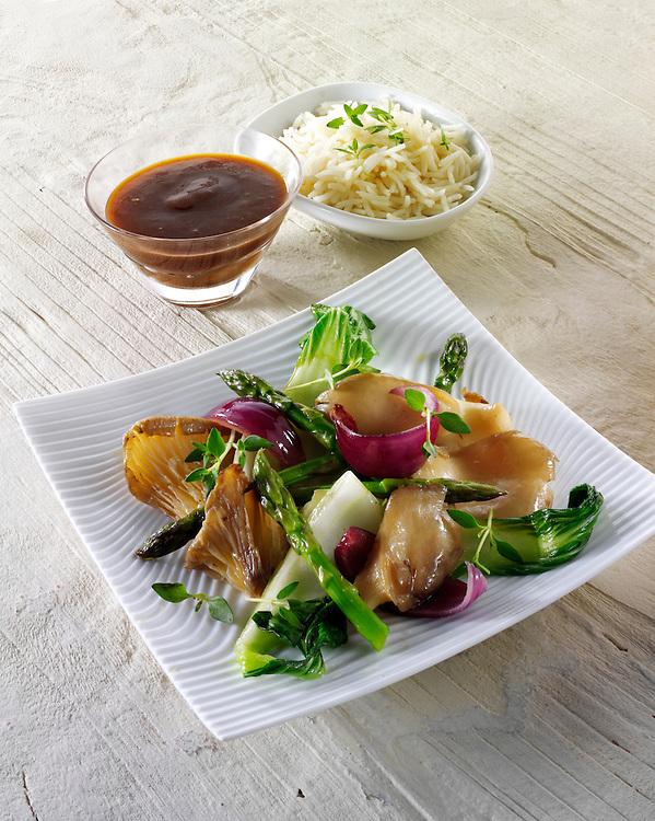 Oriental vegetarian stir fry of vegetables, noodle and mushrooms