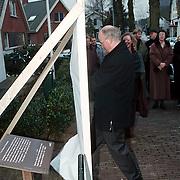 Opening Werken aan Wonen in het Huizer Museum door dhr. van Giessen