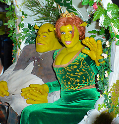Heidi Klum and boy friend Tom Kaulitz dress ups as Shrek and Fiona for Halloween party in New York. 31 Oct 2018 Pictured: Heidi Klum and Tom Kaulitz. Photo credit: PC / MEGA TheMegaAgency.com +1 888 505 6342