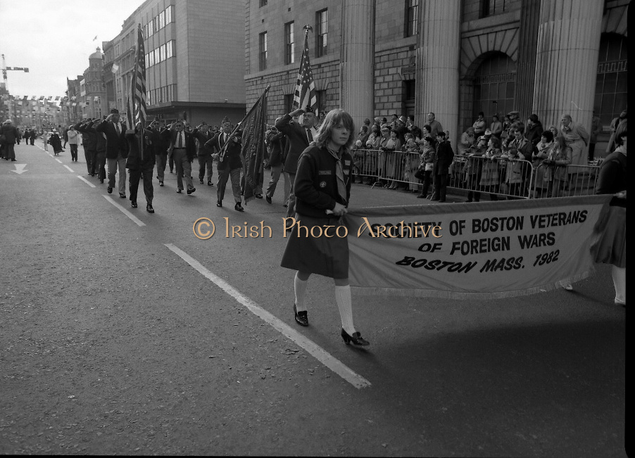 St Patrick's Day Parade.1982.17/03/1982.03.17.1982.Photograph representing.Boston Veterans proudly marching past the GPO in O'Connell St