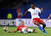 Fotball<br /> Tyskland<br /> Foto: Witters/Digitalsport<br /> NORWAY ONLY<br /> <br /> 01.10.2009<br /> <br /> v.l. Avihay Yadin, Romeo Castelen HSV<br /> <br /> Europa League Hamburger SV - Hapoel Tel Aviv