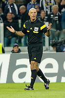 L'arbitro Howard Webb Referee,<br /> Torino 05-11-2013<br /> Juventus Stadium<br /> Football Calcio 2013/2014 Champions League <br /> Juventus - Real Madrid<br /> Foto Marco Bertorello Insidefoto