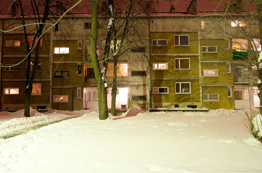 My family moved in that flat when I was 3 years old, when I was 20 I moved out and I came back last May. I like it here because it is peaceful and quite, not so far from the centre. In the spring everything is green. Mikolaj and Yolanda are living together in a flat in Ochota