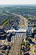 Nederland, Utrecht, Utrecht, 13-05-2019; overzicht Station Utrecht Centraal met onder andere Stadskantoor Gemeente Utrecht.<br /> Utrecht Central Station and surroundings.<br /> <br /> <br /> luchtfoto (toeslag op standard tarieven);<br /> aerial photo (additional fee required);<br /> copyright foto/photo Siebe Swart