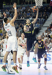 03.12.2015, Palacio de los Deportes, Madrid, ESP, FIBA, EL, Real Madrid vs Fenerbahce Ulker Istanbul, Halbfinale, im Bild Real Madrid's Gustavo Ayon (l) and Fenerbahce Istambul's Kostas Sloukas // during thesemifinall Match of the Turkish Airlines Basketball Euroleague between Real Madrid and Fenerbahce Ulker Istanbul at the Palacio de los Deportes in Madrid, Spain on 2015/12/03. EXPA Pictures © 2015, PhotoCredit: EXPA/ Alterphotos/ Acero<br /> <br /> *****ATTENTION - OUT of ESP, SUI*****