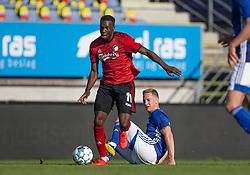 Mohamed Daramy (FC København) undviger tackling fra Marcel Rømer (Lyngby Boldklub) under kampen i 3F Superligaen mellem Lyngby Boldklub og FC København den 1. juni 2020 på Lyngby Stadion (Foto: Claus Birch).
