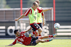 12.07.2011, Bayern Trainingsgelaende, Muenchen, GER, 1.FBL, Training Bayern Muenchen, im Bild Diego Contento (Bayern #26) kann Arjen Robben (Bayern #10) nicht stoppen // during the training session,  on 2011/07/12, Training Ground, Munich, Germany, EXPA Pictures © 2011, PhotoCredit: EXPA/ nph/  Straubmeier       ****** out of GER / CRO  / BEL ******