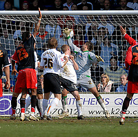 Photo: Leigh Quinnell.<br /> Luton Town v Southampton. Coca Cola Championship. 07/04/2007. Lutons Drew Talbot heads the ball in to the Southampton net, but the goal is not given.