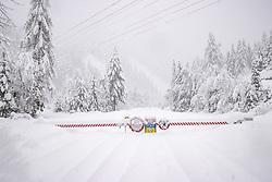 """THEMENBILD - Situation an der L026 Kalser Landesstrasse Strassensperre bei Arnig, aufgenommen am Sonntag, 6. Dezember 2020, in Osttirol. Der Winter macht sich in Teilen Österreichs mit enormen Schnee- und Regenmengen bemerkbar. Die anhaltend starken Schneefälle sowie Sturm auf den Bergen haben in Osttirol die Lawinengefahr weiter ansteigen lassen. Der Lawinenwarndienst Tirol gab für Sonntag Stufe """"5"""", also die höchste Gefahrenstufe, aus. // Situation at the L026 Kalser Landesstrasse near Arnig, Road closed due to high avalanche danger, taken on Sunday, December 6, 2020, in East Tyrol. The winter is making itself felt in parts of Austria with enormous amounts of snow and rain. The continuing heavy snowfall and storms on the mountains have further increased the danger of avalanches in East Tyrol. The Avalanche Warning Service Tyrol issued level """"5"""", the highest danger level, for Sunday. EXPA Pictures © 2020, PhotoCredit: EXPA/ Johann Groder"""