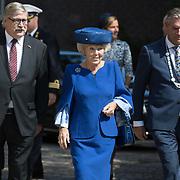 NLD/Doorn/20180824 -  Beatrix opent tentoonstelling 'Verzet en Verdriet in Beeld', Utrechtse Heuvelrug Frits Naafs, Prinses Beatrix en Commissaris van de koning