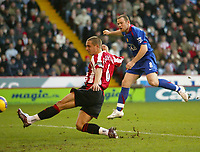 Photo: Aidan Ellis.<br /> Sheffield United v Manchester United. The Barclays Premiership. 18/11/2006.<br /> Manchester's Wayne Rooney scores the equaliser