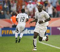 Photo: Chris Ratcliffe.<br /> Czech Republic v Ghana. Group E, FIFA World Cup 2006. 17/06/2006.<br /> Sulley Muntari of Ghana celebrates.