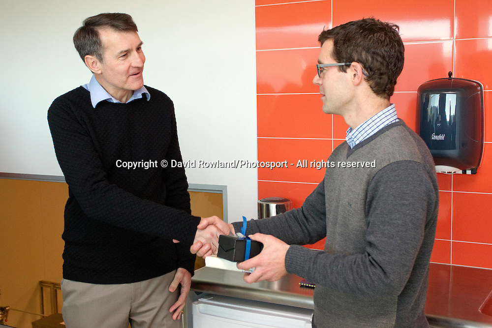 Lord Mayor of Brisbane Graham Quirk makes a presentation to Brian Astridge, Operations Manager at the Foodbowl facility whilst on the Brisbane Lord Mayoral Business Mission, Auckland, New Zealand, Saturday 29 June 2013.  Photo: David Rowland/Photosport