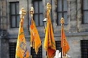 Staatsbezoek van de President van Slowakije , Zijne Excellentie president Ivan Gasparovic en zijn echtgenote Silvia Gasparovicova.<br /> <br /> Statevisit of the President of  Slowakije Ivan Gasparovic and his wife  Silvia Gasparovicova.<br /> <br /> Op de foto/ On the photo: <br /> <br /> Nederlandse Vaandels