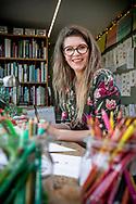 illustratrice Rosemarie De Vos uit laakdal-foto joren de weerdt