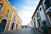 Recife_PE, Brasil..O Paco Alfandega e a Igreja da Madre de Deus em Recife, Pernambuco...The Paco Alfandega and the Madre de Deus Church in Recife, Pernambuco...Foto: JOAO MARCOS ROSA / NITRO..Foto: JOAO MARCOS ROSA / NITRO