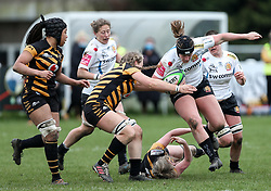 McKinley Hunt of Exeter Chiefs is challenged by Edel McMahon of Wasps - Mandatory by-line: Arron Gent/JMP - 06/03/2021 - RUGBY - Twyford Avenue - Acton, England - Wasps FC Ladies v Exeter Chiefs Women - Allianz Premier 15s