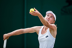 July 9, 2018 - London, England, U.S. - LONDON, ENG - JULY 09: ALIAKSANDRA SASNOVICH (BLR) during day seven match of the 2018 Wimbledon on July 9, 2018, at All England Lawn Tennis and Croquet Club in London,England. (Photo by Chaz Niell/Icon Sportswire) (Credit Image: © Chaz Niell/Icon SMI via ZUMA Press)